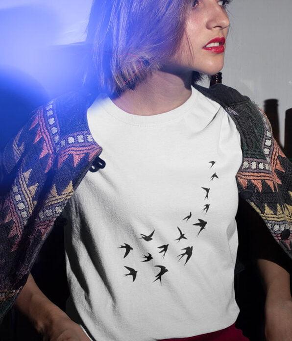 kırlangıçlar tasarımlı kadın tişörtü