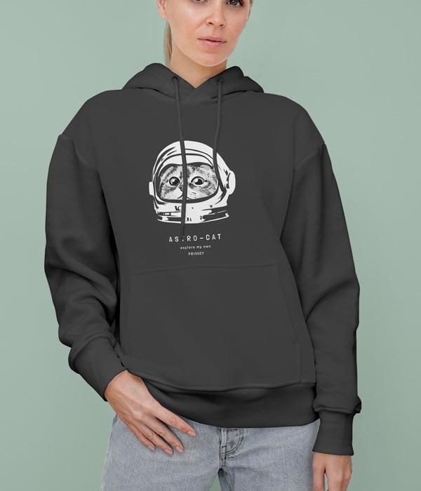 kedili tasarim sweatshirt astro cat siyah model kadin